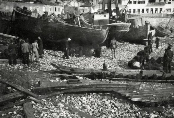 Kavala_shipsheds perhaps 1950s