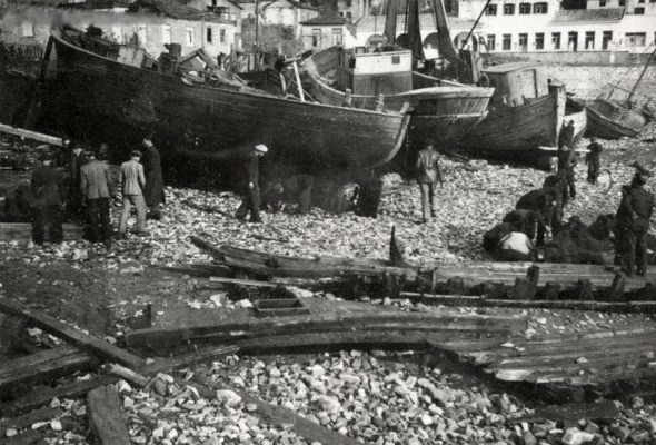 Kavala_shipsheds perhaps 1950s