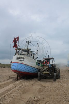Thorup Strand, Boat and tractor
